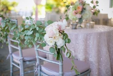 Pink wedding floral decor