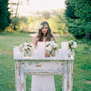 White wedding photo session decor