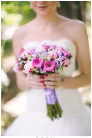 Purple eustoma wedding bouquet