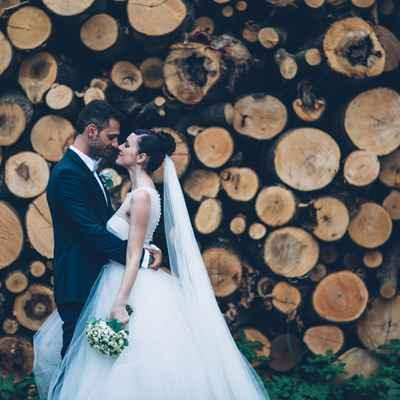 Rustic wedding photo session ideas
