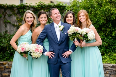 Outdoor blue groom style