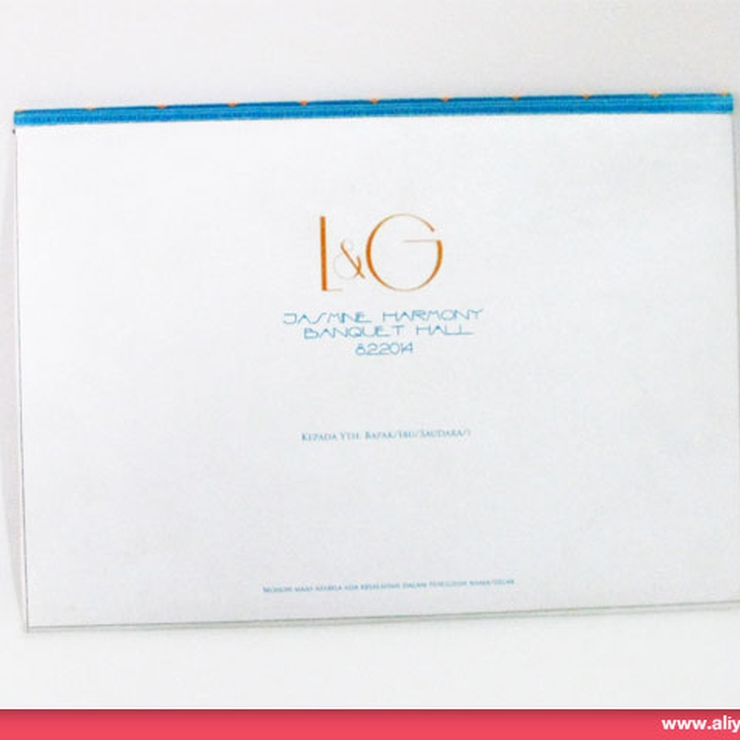AC009