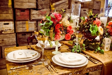 Rustic autumn wedding floral decor