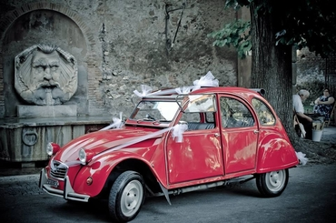 Red wedding transport