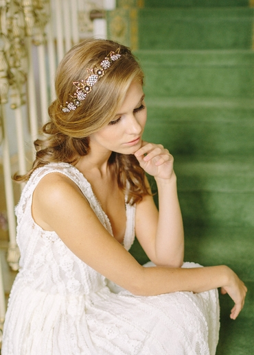 Gold bridal hair and make-up