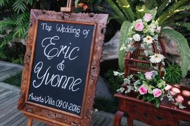 Outdoor wedding reception decor