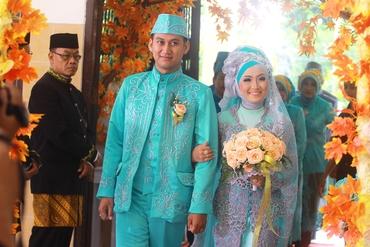 Ethnical blue wedding photo session ideas