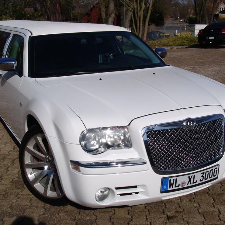 Chrysler 300 C Hemi weiß