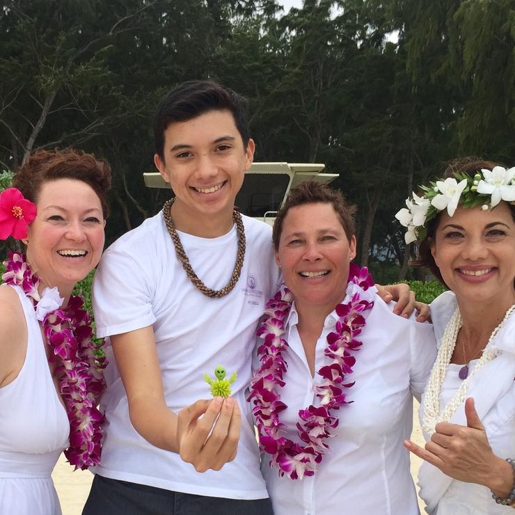 LGBT Weddings by Kahu Pōmaikaʻi