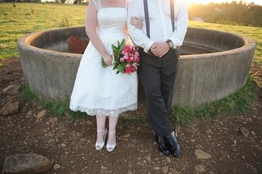 Outdoor black short wedding dresses