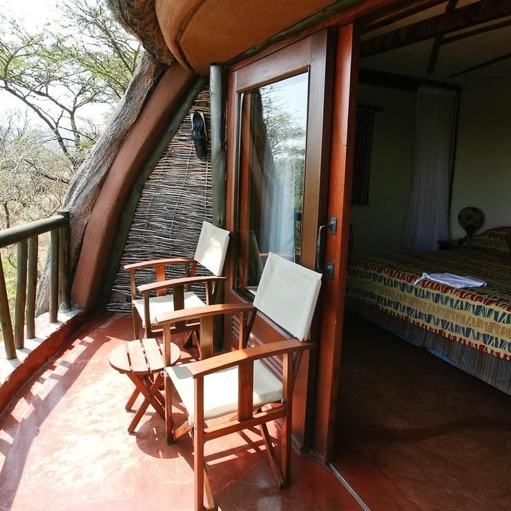 Wedding Venues in Tanzania places like safari lodges Serengeti and beach holidays Zanzibar