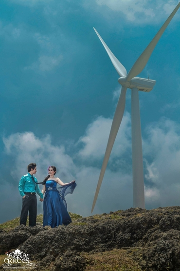 Outdoor blue real weddings