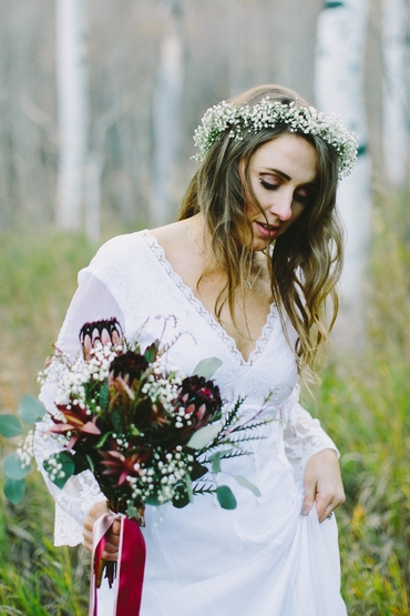 Rustic white bridal hair and make-up