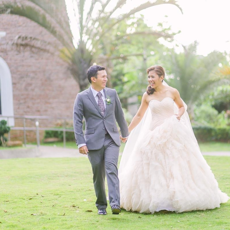 Outdoor red real weddings
