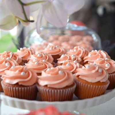Brown wedding cupcakes