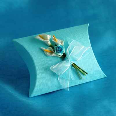 Blue wedding favours