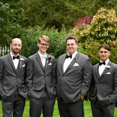 Grey outdoor groom style