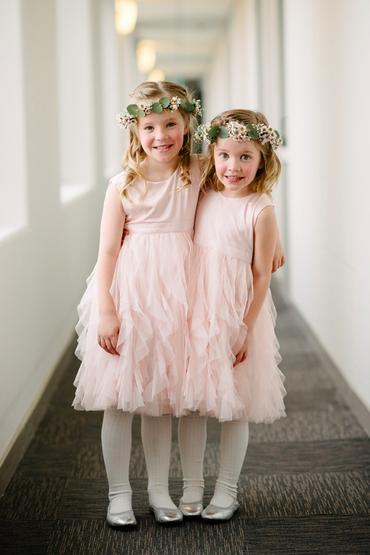 Overseas pink wedding photo session ideas
