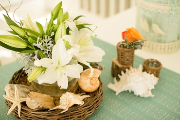 Marine white wedding floral decor