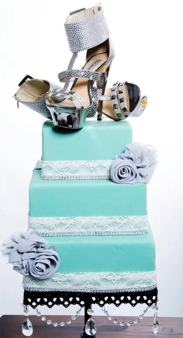 Blue wedding cakes