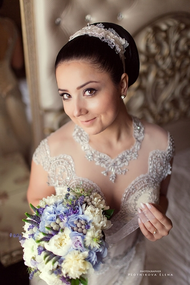Blue wedding jewellery