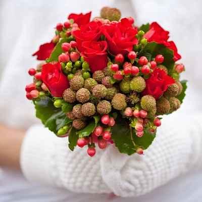 Vintage red rose wedding bouquet