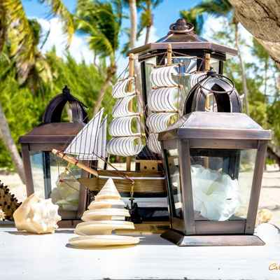 Marine wedding photo session decor