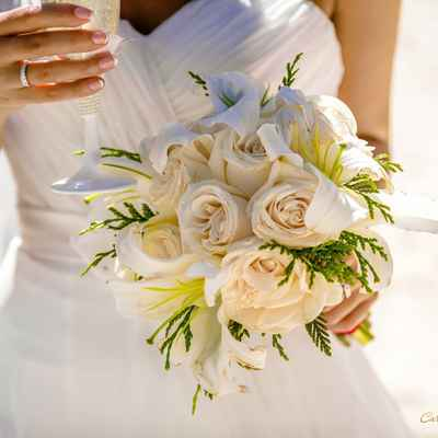Beach ivory rose wedding bouquet