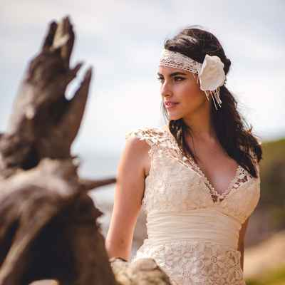 Beach ivory bridal hair and make-up