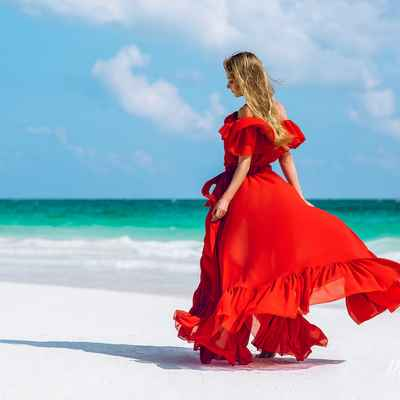Red beach long wedding dresses