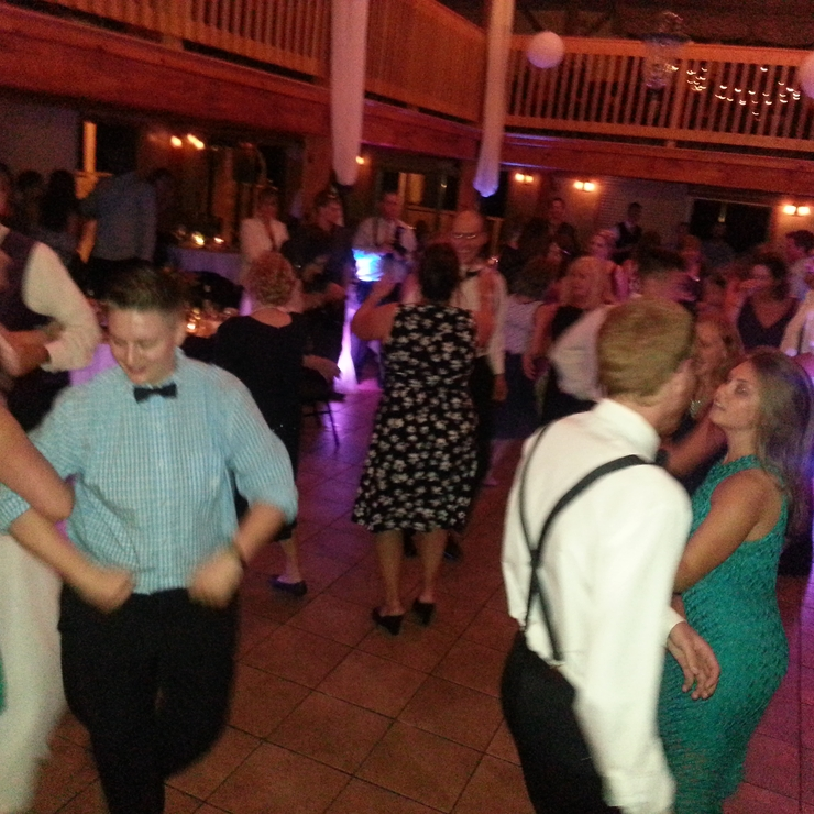 Wedding dancing!