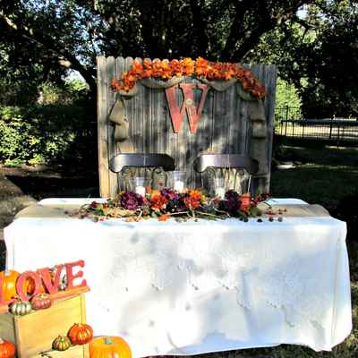 Autumn wedding reception decor