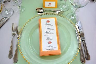 Overseas green wedding reception decor