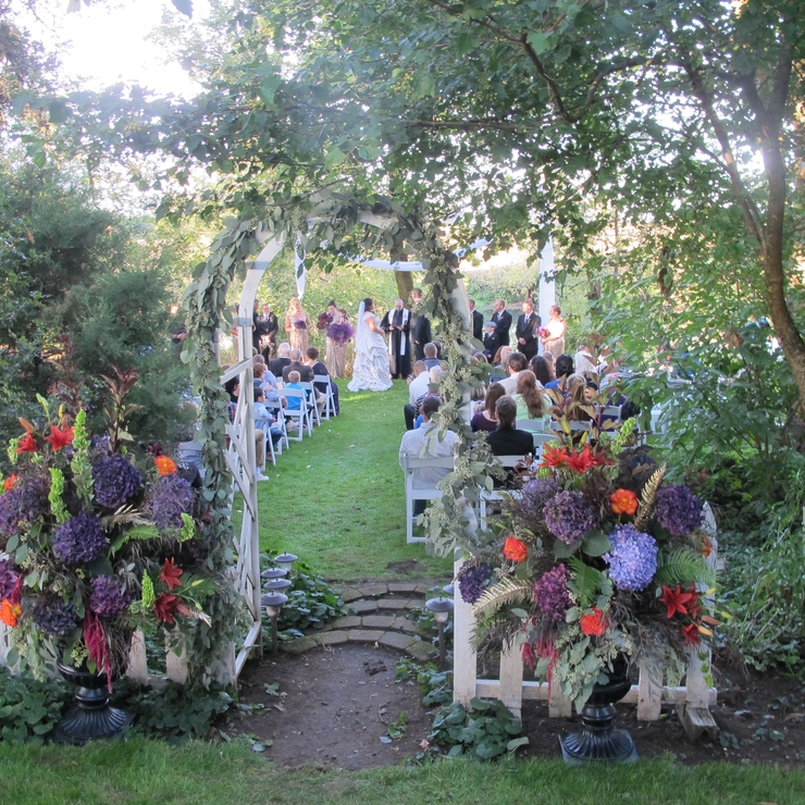 Weddings at Stewart Family Farm