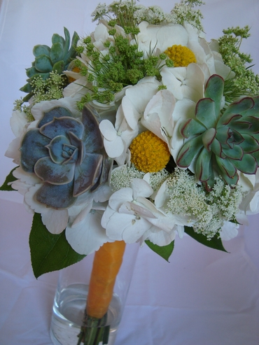 White alternative wedding bouquet