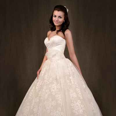 Ivory corset wedding dresses