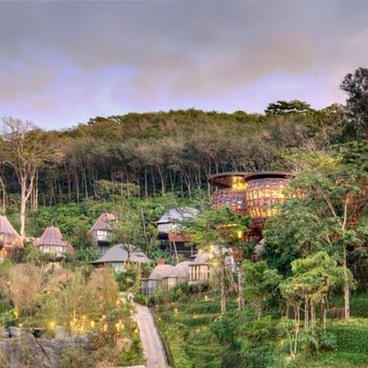 Villas and Facilities