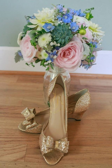 Gold alternative wedding bouquet