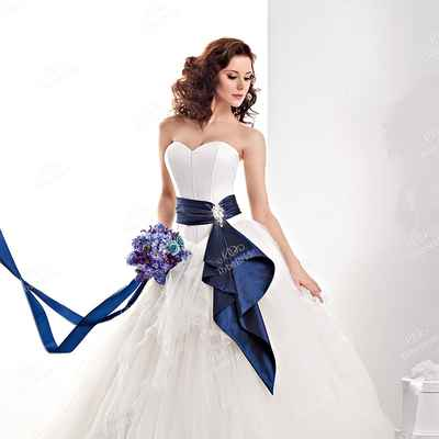 Blue open wedding dresses