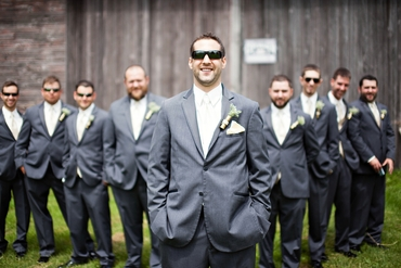 Outdoor grey groom style