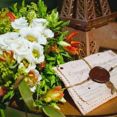 French orange wedding signs