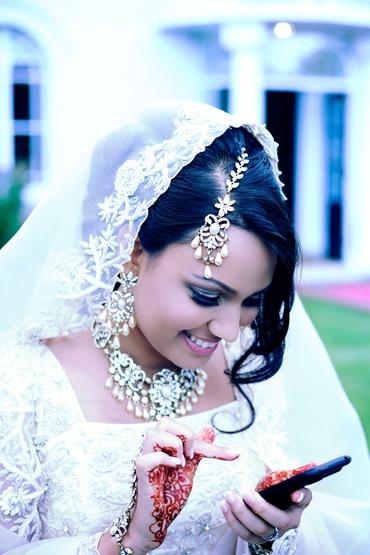 Ethnical white lace wedding dresses