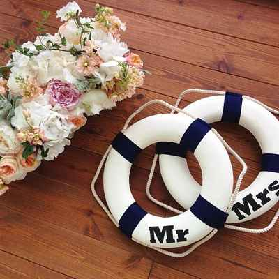 Marine wedding floral decor