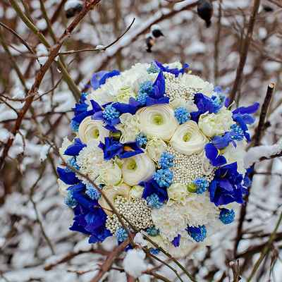 Winter blue rose wedding bouquet