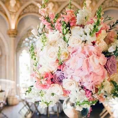 Pink overseas wedding floral decor