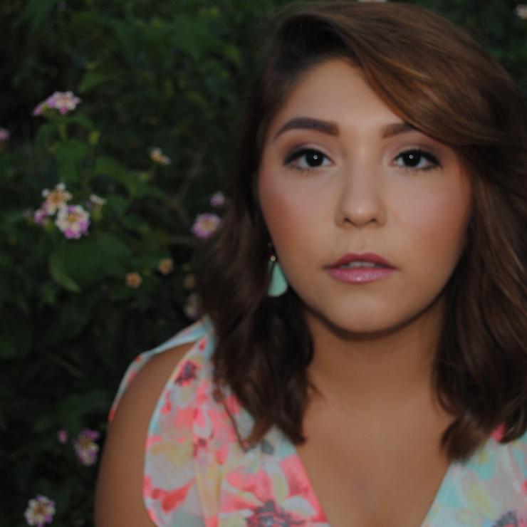 Vanessa Gomez - Makeup Artist