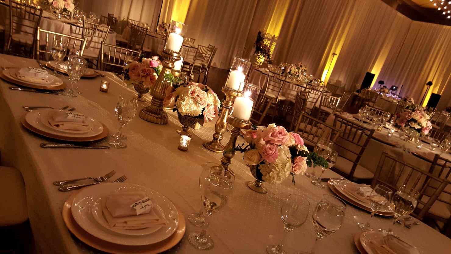 Wedding reception decor
