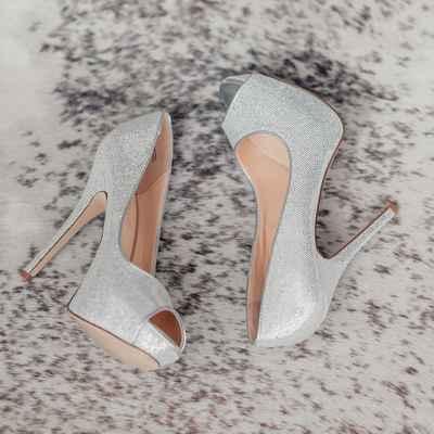 Grey bridal style