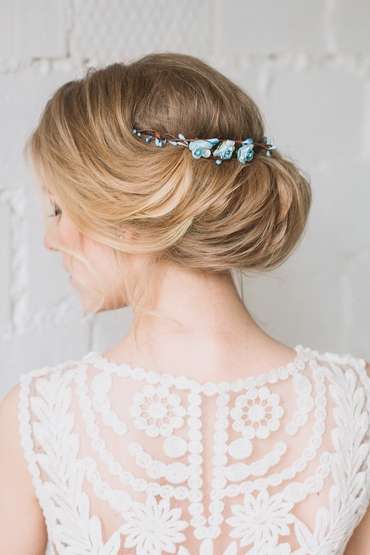 Blue bridal hair and make-up
