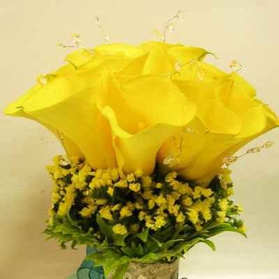Yellow calla wedding bouquet